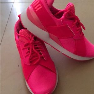 Neon Pink Puma Shoes!
